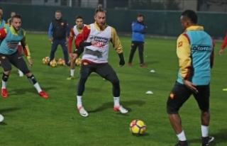 Göztepe'de gözler Bursaspor maçına çevrildi