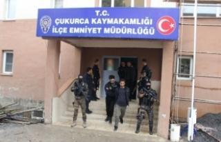 Hakkari'de terör operasyonu: 15 gözaltı