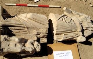 Hygieia ve Eros heykeli bulundu