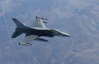 Irak'ın kuzeyine hava harekatı: 3 terörist...