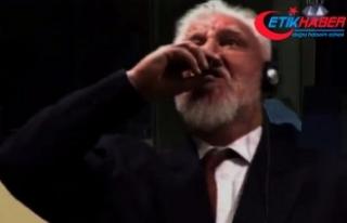 """Eski Hırvat general """"potasyum siyanür"""" içerek..."""