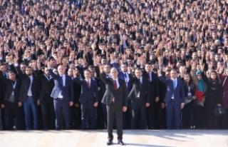 Kılavuz: 140 Bin Ülkücü Başbuğ Türkeş'in...