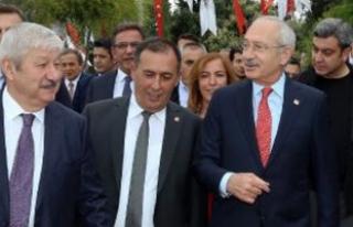 Kılıçdaroğlu Antalya'da yürüdü