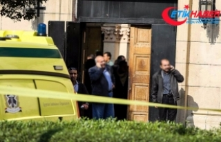Mısır'da camiye yönelik saldırı: 305 kişi...