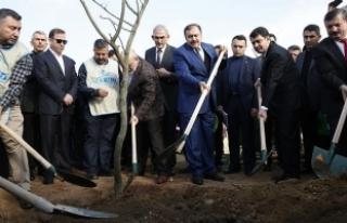 Orman ve Su İşleri Bakanı Eroğlu: New York Central...