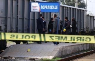 Osmaniye'de trenin çarptığı çocuk hayatını...