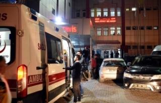 Otomobil kontrol noktasında polise çarptı: 1 şehit