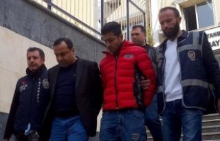 Sahte İranlı polisler yakalandı