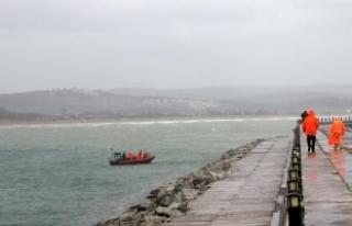 Şile'de batan gemideki 2 mürettebatın cansız...
