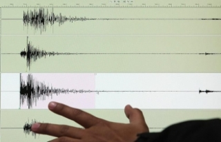 Papua Yeni Gine'de 6 büyüklüğünde deprem...