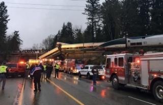 ABD'de tren kazası: 3 ölü, 100'den fazla...