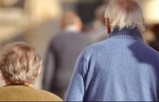 Araştırma: Düzenli olarak evden çıkan yaşlılar...