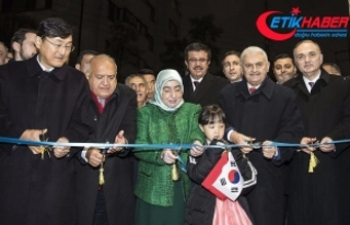 Başbakan Yıldırım büyükelçilik binasını 'Ayla'...