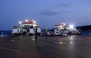 Çanakkale'de ada seferleri iptal