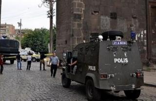 Diyarbakır'da 5 ilçeye bağlı 51 köyde sokağa...