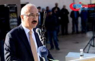 """""""Türkiye insani bir harekat gerçekleştiriyor"""""""