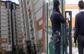 İstanbul Beylikdüzü'nde lüks sitede iki kadın...