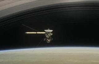 Milyarlarca yüksek enerjili kozmik ışın parçacığı...
