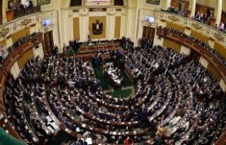 Mısır parlamentosundan, ABD'ye karşı 'izolasyon'...