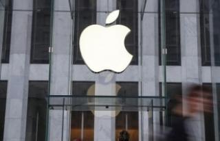 Paris'teki Apple mağazasına 'vergini öde'...