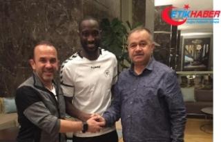 Atiker Konyaspor, Yatabare ile 2.5 yıllık sözleşme...
