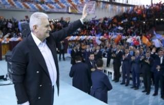 Başbakan Yıldırım: Hakan Atilla üzerinden Türkiye'yi...