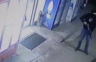 Bursa'da kar maskeli pompalı tüfekli soygun