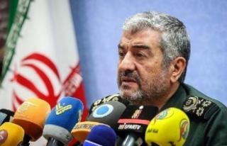 Devrim Muhafızları isim vermeden Ahmedinejad'ı...