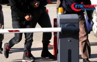FETÖ ve PKK şüphelileri sınırı geçemedi
