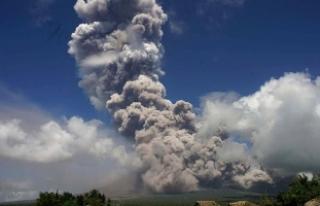 """Filipinlerin en aktif yanardağı için """"güçlü..."""