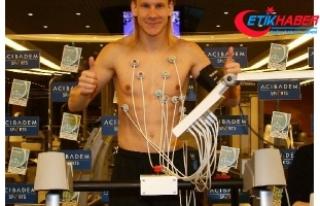 Hırvat futbolcu Vida sağlık kontrolünden geçti