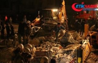 İdlib'deki patlamalarda ölü sayısı 32'ye...