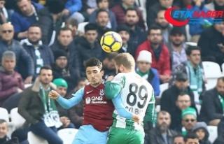 Konyaspor sahasında Trabzonspor ile 2-2 berabere...
