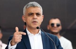 Londra ziyaretini iptal eden Trump 'mesajı almış'