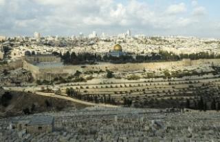 Papa'dan 'Kudüs'ün statüsüne saygı'...