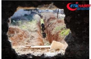 PKK/YPG tüm köylere tüneller kazıp, yoldan geçenden...