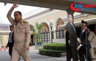 Prayut'tan sorulardan kaçmak için ilginç yöntem