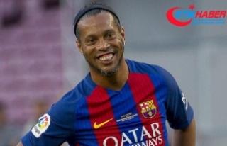 Bankada Parası Kalmayan Ronaldinho'ya Yurt Dışına...