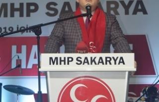 Sakarya'da MHP'ye 2500 kişilik katılım