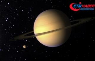 Satürn'ün uydusu Titan'da 'deniz...