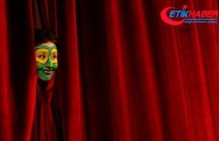 Şehir Tiyatroları'nda bu ay 36 oyun seyirciyle...