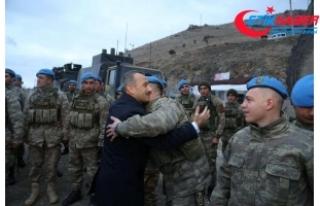 Tunceli'deki askerler dularlarla Afrin'e...