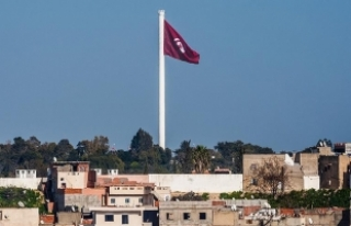 Tunus'ta 'asgari ücretin yükseltilmesi'...