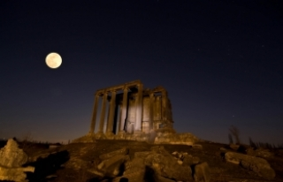 "Zeus Tapınağı'nda ""Süper Kanlı Mavi Ay""..."
