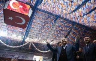 Başbakan Yıldırım: Afrin'de kahraman Mehmetçiklerimiz...