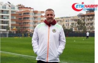 """Alanyaspor, Mesut Bakkal ile """"yola devam""""..."""
