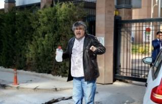 """CHP önünde """"alacak"""" protestosu: Kendisini yakmak..."""