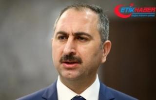 Adalet Bakanı Gül: Yetkiyi, millet adına kullanamayanlar,...