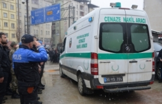 Hakkari'de şehit polis memuru için tören