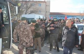 Konya'daki özel harekat polisleri Afrin'e...